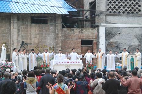 貴州教區開啟聖母月,特別為被侵佔的朝聖地祈禱