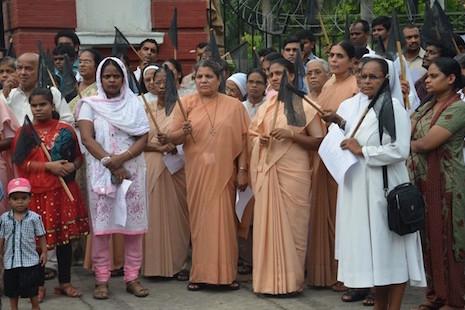 印度嚴禁修女戴頭巾進入試場,引起宗教權利爭議