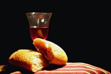 【博文】司鐸:一塊被拿去吃的麵包 thumbnail