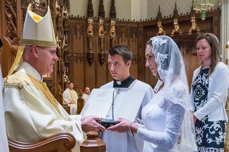 美國教師與天主締結婚姻,成為教區廿五年來首位貞女