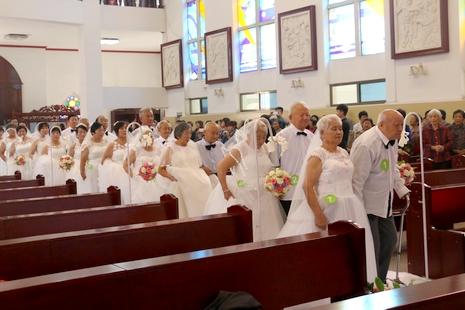 濟南辛甸堂區舉行大型婚姻祝福禮暨慶祝建堂百周年