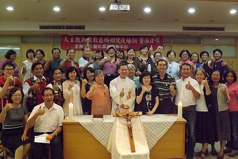 高雄福傳中心辦培育課程,教授傳道員家庭治癒工作