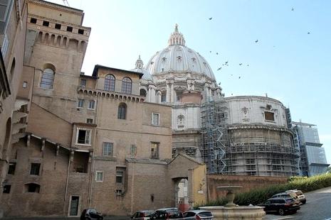 樞機諮議會討論成立新部門,並建議改革主教任命程序