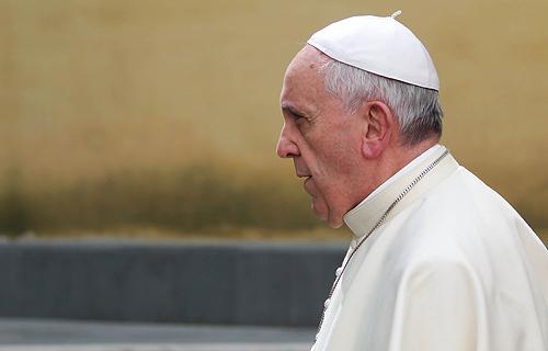 教宗就教會在世界主教會議期間發生的醜聞致歉 thumbnail