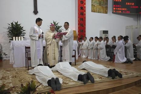 佘山修院停課後,首批曾就讀的溫州修生獲祝聖為執事