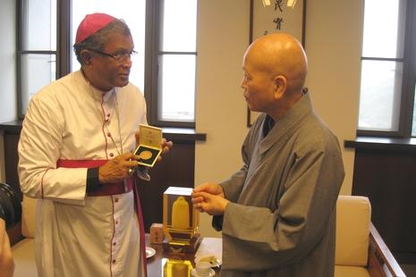 梵蒂岡主教來台一周,籌備兩年內在台辦宗教研討會