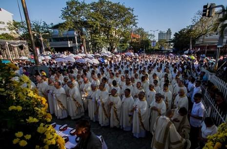 菲律賓主教支持教宗方濟各有關避孕的評論 thumbnail