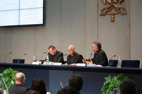 教廷公布中國將有慈悲傳教士,協助教宗禧年赦免絕罰