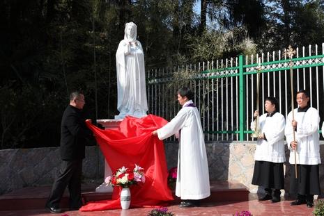 溫州教區祝聖玫瑰經塑像群,隆重開啟朝聖地聖門