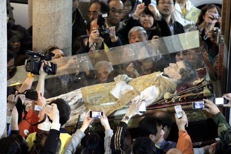 鮑思高聖髑重臨中華會省,將永久存放澳門慈幼中學