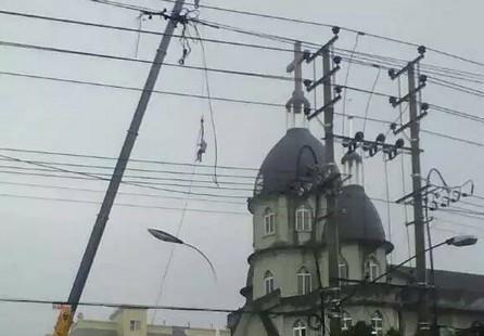 【評論】天主教堂建築存些許「違章」,誰之過?