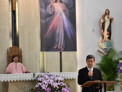 台賀教宗就職三周年,韓大輝冀陳建仁助百姓提昇成長