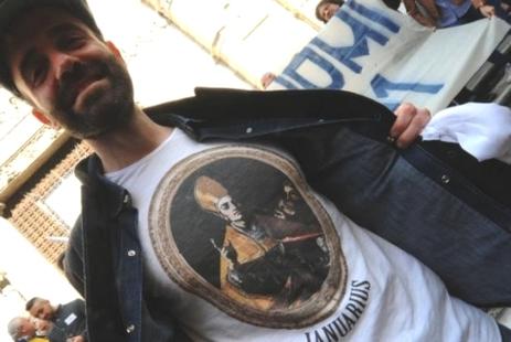 意大利那不勒斯主教座堂珠寶控制權轉移惹抗議之聲 thumbnail