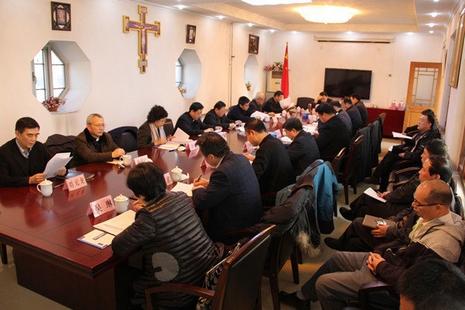「一會一團」召開會議,將籌備舉行天主教代表大會