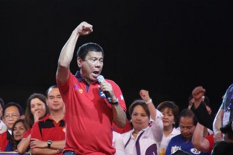 鐵腕市長當選菲律賓總統,曾侮辱教宗惹主教不滿