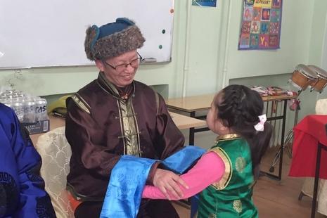 首位香港慈幼會士蒙古傳教十載,與人民同適應社會變遷