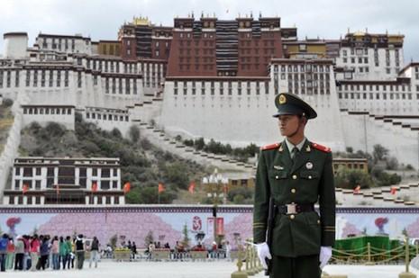 【特稿】中國解放西藏六十五年︰不容異見 thumbnail