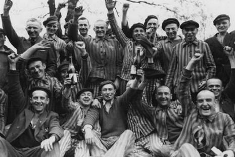 納粹集中營最後一名幸存的百歲神父去世