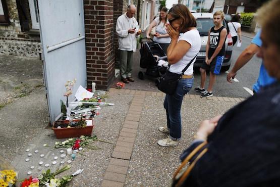 教宗稱戰爭非關宗教,法教會籲守齋悼念遇害者