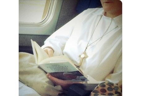 教宗為女性默觀者頒發《尋找天主的面容》憲章 thumbnail