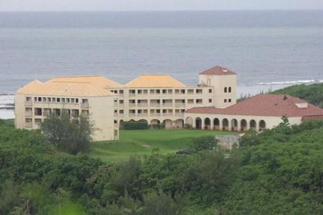 關島財務委員會前成員指責總主教挪動教堂資產