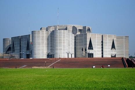 孟加拉新法規管非政府組織,明愛會為人權發聲或犯法