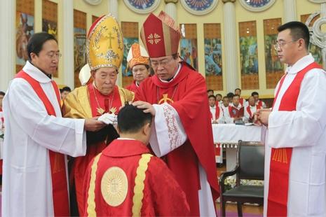 長治教區祝聖新主教,中梵對新牧職銜認定有差異 thumbnail
