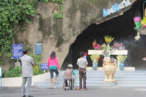 越南通過具爭議的宗教法,宗教團體表示拒絕遵守