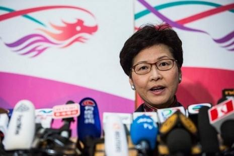 香港政府第二交椅辭職選特首,聲稱其決定為天主召叫