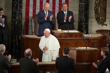 【評論】是施行梵蒂岡西方政策的時候