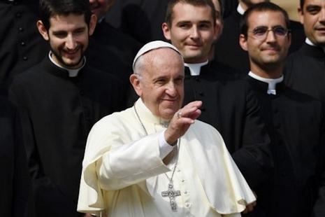 【評論】修生培育與修道人數下降,修院改革的問題