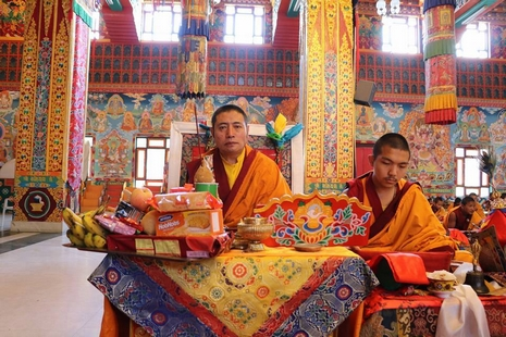 【评论】不接受达赖喇嘛,却不让终止转世是自相矛盾
