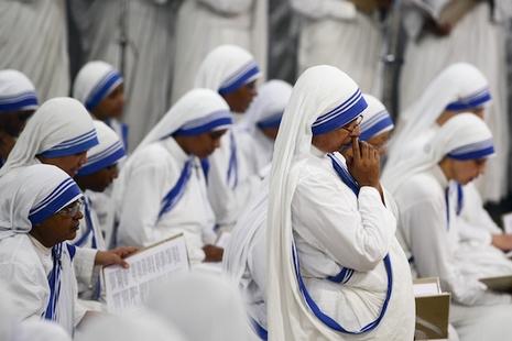 德蘭修女藍白紗麗會衣被註冊商標,惹怒教廷官員