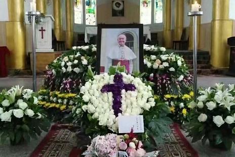 中國教會再失一位年邁牧者,新疆謝主教葬禮受控 thumbnail