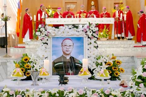 台北榮休賈彥文總主教下葬,教廷兩高官樞機致弔唁文