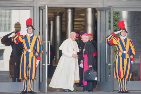 教宗方濟各確立其富爭議性的家庭觀