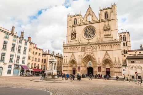 法国主教:法国教堂收取入场费,做法不当
