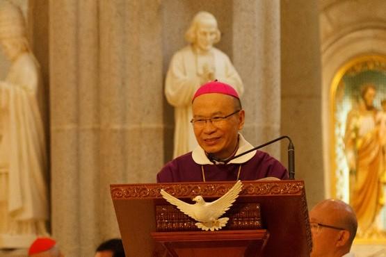 楊鳴章發表上任後首份牧函,並宣布開展「青年年」