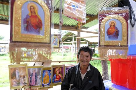 【特稿】宗教聖像令緬甸市集的顧客欣喜