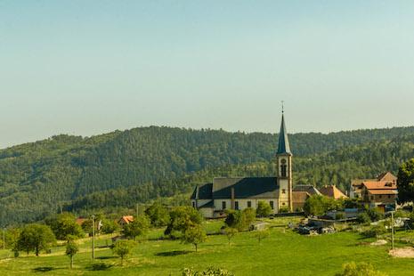 【特稿】保護法國的鄉村教堂