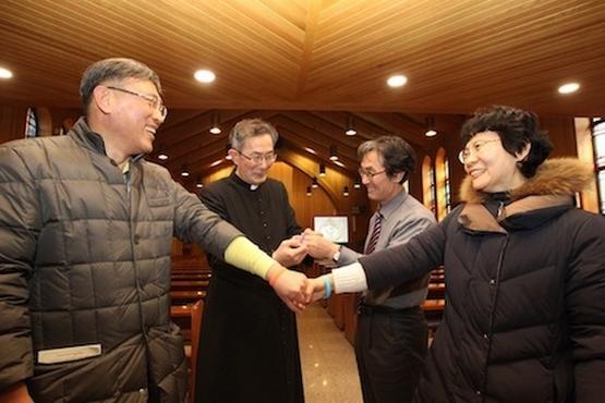 南韩堂区教友开展「停止说无礼话」运动