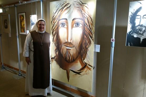 法國修女用藝術讓人靜聽心靈,跟主相遇