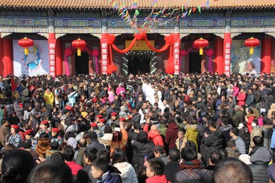 中國引用新修訂的宗教條例,建議註銷一名神父的職位