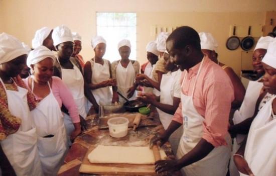 塞內加爾明愛為回國移民和難民提供協助