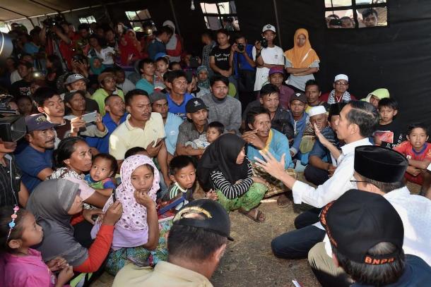 天主教徒為印尼地震災民收集援助物資