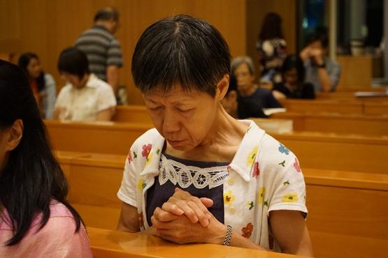 港澳台教会关注中梵临时性协议,神职人员呼吁教友祈祷