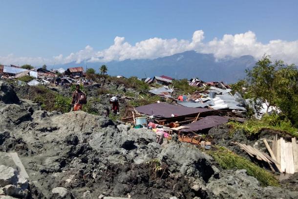 印尼海嘯造成逾千死亡,許多教堂受損