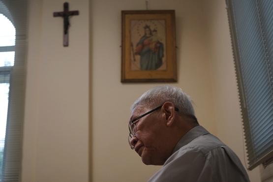 陈枢机赴罗马向教宗亲递七页信,详述地下教会苦况