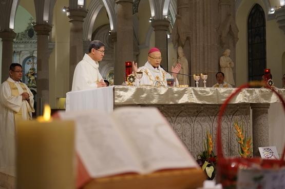 约二百名来自世界各地的华人参加第十一届世界华语圣经大会