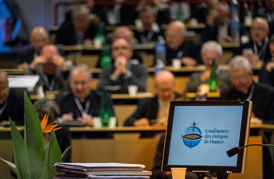 在法国露德举行的主教大会,是性侵受害人期待已久的会议